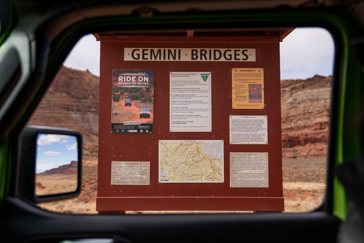 The Gemini Bridges OHV trail sign in Moab, Utah.