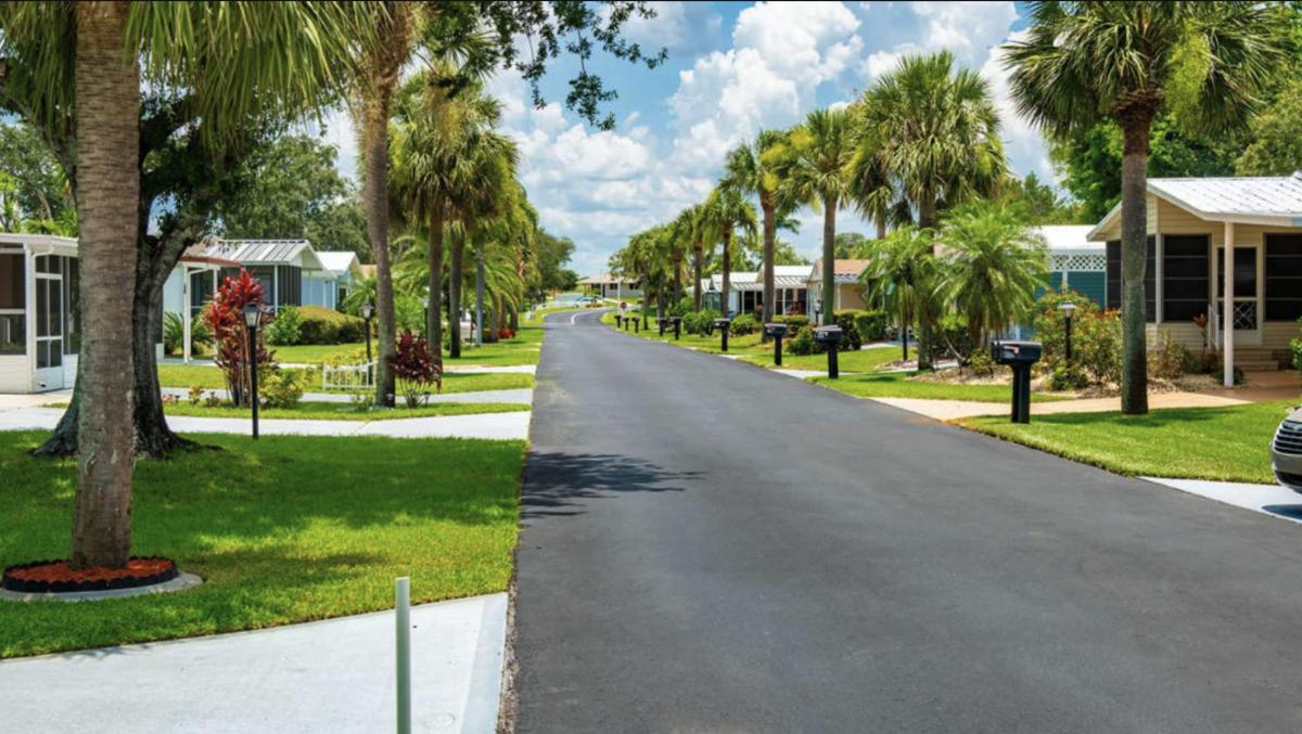 Buttonwood Bay RV Resort (55+) in Sebring, Florida