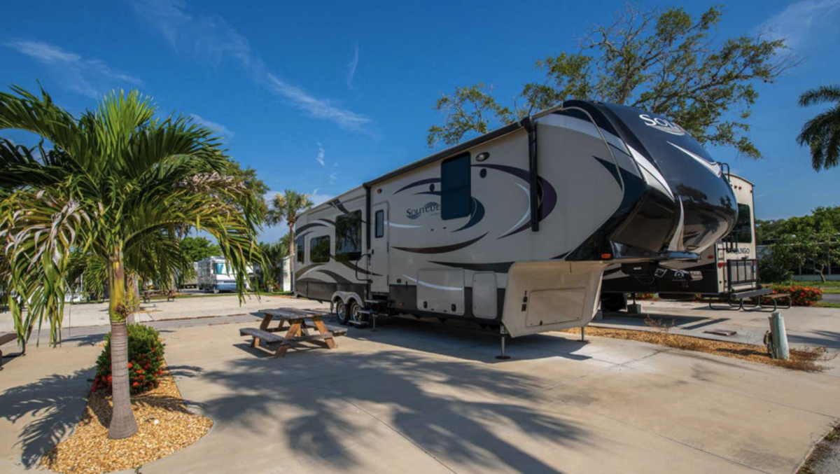 An RV site at Groves RV Resort in Fort Myers, Florida