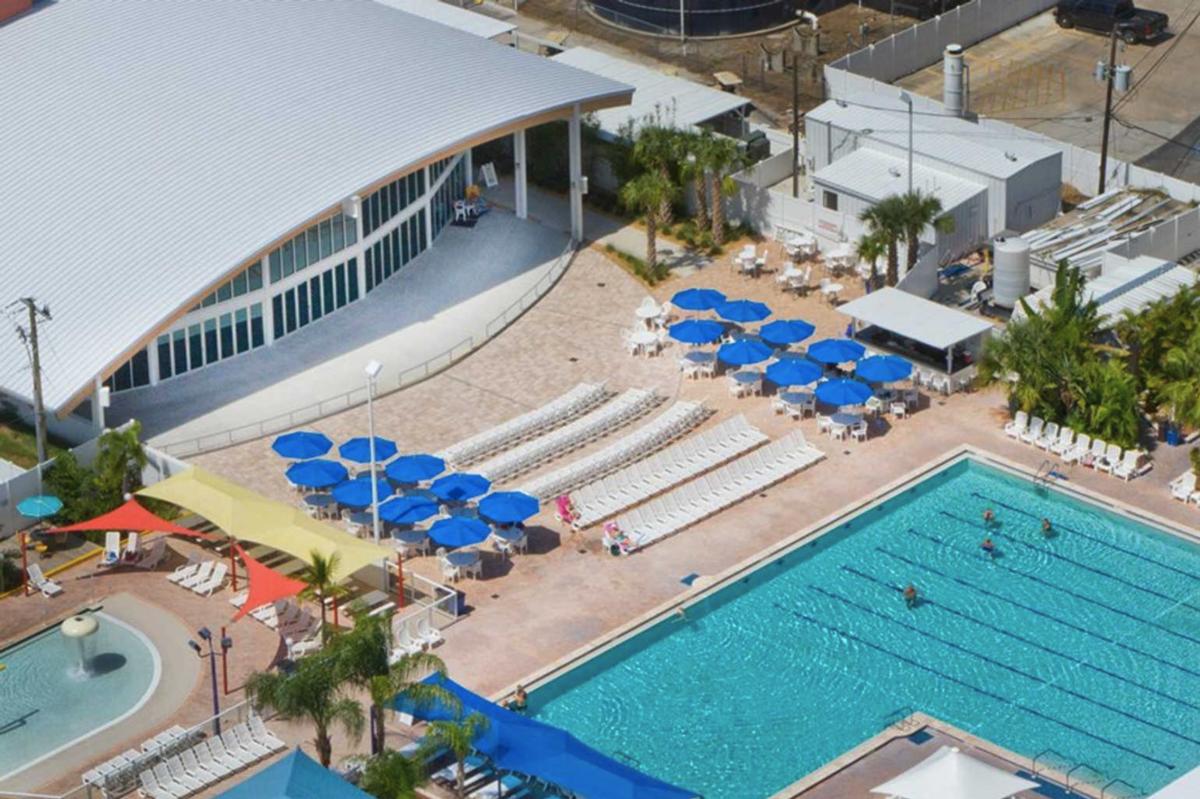 The pool area of Sun-N-Fun RV Resort in Sarasota, Florida