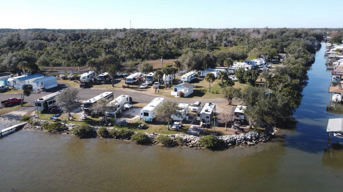 Indian Mound Fish Camp in Oak Hill, Florida