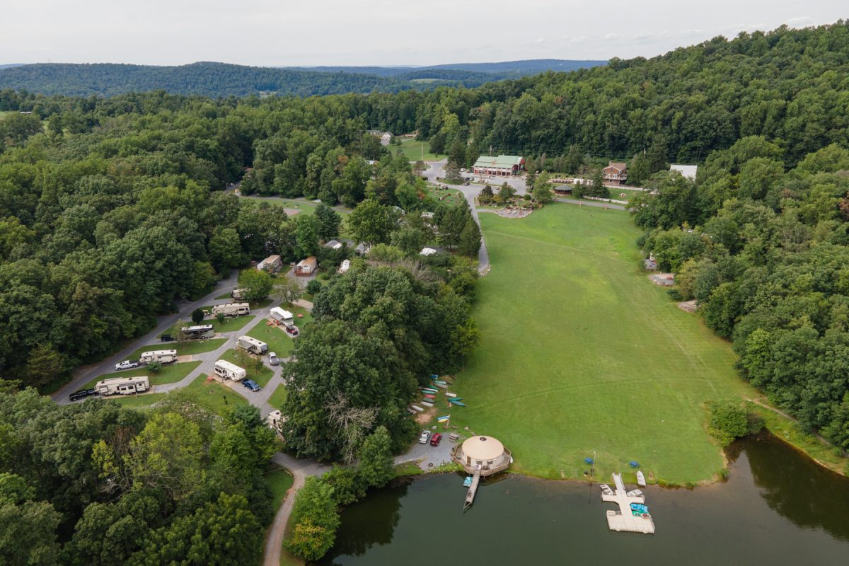 An aerial view of Lake in Wood RV Resort in Narvon, Pennsylvania.