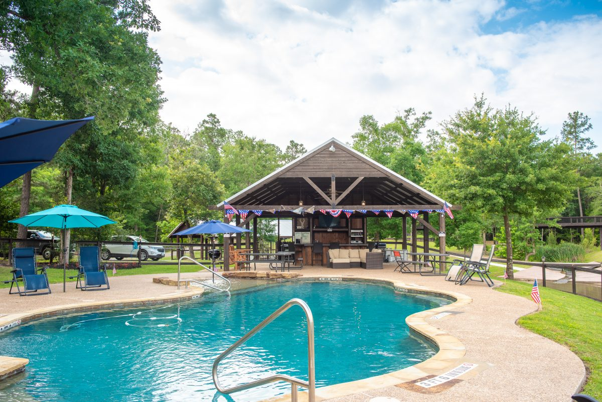 The clubhouse and pool area of 7 Bridges RV Resort in Montgomery, Texas.